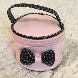 Mini Pink Patent & Black Polka Dots Round Case